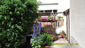 Ferienzimmer  in Laage Tel.03845930841 oder 01747174805