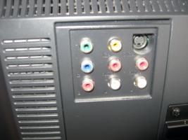 Foto 3 Fernseher-Monitor-VGA-Anschluss