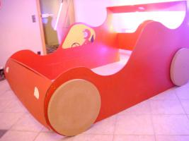 Foto 3 Ferrari Bettumrandung inkl. Beleuchtung 157cm x 210 cm