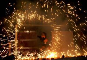 Foto 5 Feuershow, Lichtshow, Stelzenläufer aus Köln/ NRW