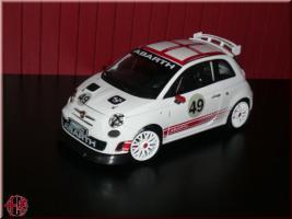 Fiat 1:24 Modellauto nuova 500 abarth weiß Vitrinenmodell NEU