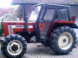 Fiat Allradtraktor DT 466; BJ :1985 ;2900 Betriebsstuden,1a Zustand