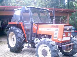 Foto 2 Fiat Allradtraktor DT 466; BJ :1985 ;2900 Betriebsstuden,1a Zustand
