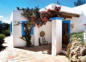 Finca auf 1-2 Hektar 5 Minuten von der Stadt Almonte (Spanien).