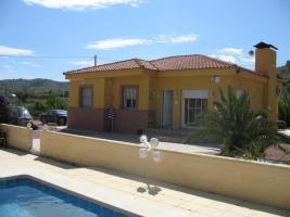 Finca mit grosser Parcelle in Alicante - Einfamilienhaus - Ferienhaus