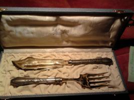 Fischvorlegebesteck , Empire , Silber mit vergoldeten Zinken