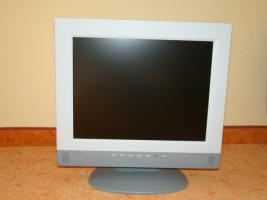 Foto 2 Flachbild PC-Monitor