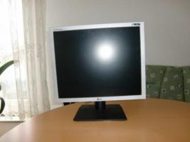 Foto 2 Flachbildschirm Monitor
