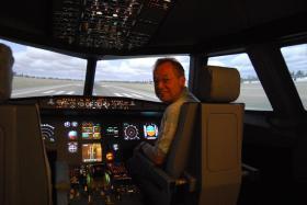 Foto 2 Fliegen wie ein echter Pilot im Flugsimulator