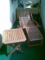 Foto 2 Formschöne Sonnenliege mit Tisch