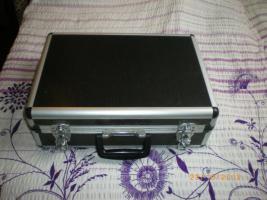 Foto 3 Fotoausrüstung mit Koffer