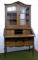 Foto 4 Französischer Vitrinenaufsatz-Sekretär im Louis XV Stil aus Eiche.
