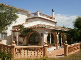 Freistehende Villa mit Pool in Javea an der Costa Blanca