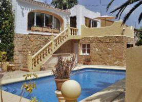 Freistehende Villa mit Pool in Javea/Spanien