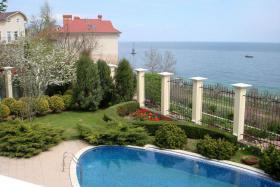 Foto 2 Freistehende Villa in bester Lage mit herrlichem Meerblick