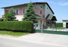 Foto 2 Freistehendes Einfamilien Haus