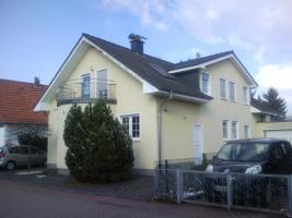 Freistehendes Einfamilienhaus mit interssanter Wohnraumaufteilung