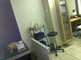 Foto 3 Friseurladen mit Ausstattung