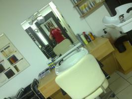 Foto 6 Friseurladen mit Ausstattung