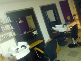 Foto 7 Friseurladen mit Ausstattung