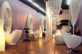 Friseursalon - einzigartig eingerichtet, top modern !!!