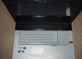 Fujitsu Amilo Pi3660 Display Notebook 46,73cm Win 7