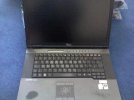 Fujitsu Esprimo Mobile EM D9510 39,1 cm (15,4 Zoll)
