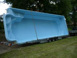 Foto 5 GFK-Schwimmbecken - aus Polen - von 4,5 bis 11 Meter lang
