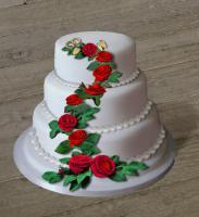 GRATIS Rezept für eine dreistöckige Hochzeitstorte