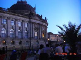 GRUPPENUNTERKUNFT BERLIN FERIENWOHNUNG ZENTRAL MITTE BODEMUSSEUM ZENTRUM MUSEUMSINSEL HACKESCHE HOEFE MARKT UNTERKUNFT