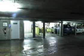 Garagenbox in Tiefgarage in 8124 Maur