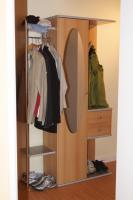 Garderobe mit Schrank, Buche