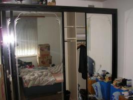 Foto 2 Garderobeschrank fast neuwertig gut erhalten, Schlafzimmerspiegelschrank
