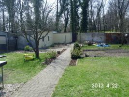 Foto 2 Garten 800 m² mit Bungalow umständehalber zu verkaufen