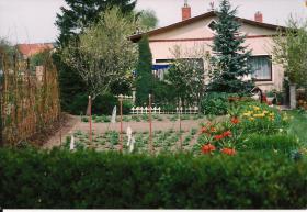 Garten mit Bungalow zu verkaufen