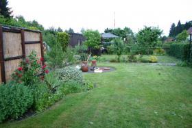 Foto 3 Garten mit Laube in Hannover-Kleefeld