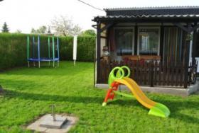 Foto 9 Garten mit Pool und Laube, in der N�he von Magdeburg