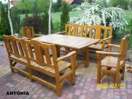 Foto 10 Garten- und Terrassenmöbel, Gartengarnituren aus Massivholz