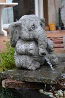 gartenfiguren steingussfiguren drachentraeume