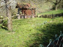Foto 2 Gartengrundstück zu verkaufen. Sehr ruhige Halbhöhenlage mit Blick hinab zum Wald und auf den Frauenkopf.
