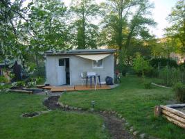 Foto 2 Gartenhaus und Garten