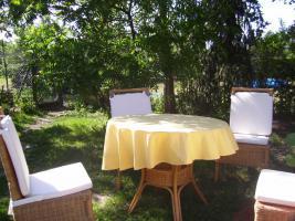 Foto 3 Gartentisch 4 Stühle aus Rattan neuw.