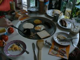 Foto 3 Gartentisch Grilltisch   TischgrillTisch Grill Esstisch Bistrotisch Küchentisch