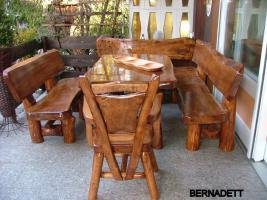 Foto 10 Gartentische, Stühle, Bänke aus Massivholz