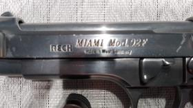 Foto 5 Gas / Schreckschußpistole Reck Miami 92F mit Kompensator PTB 773
