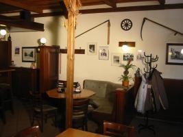 Foto 3 Gaststätte und Verkaufsraum mit zugehörigen Lagerraum zu vermieten