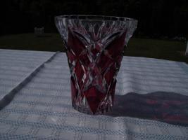 Foto 3 Gebe eine Bleikristallvase von Nachtmann ab.