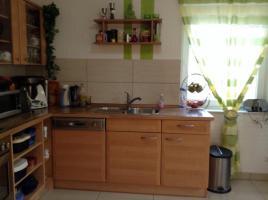 Foto 2 Gebrauche voll funktionierende Küche :dunstabzugshaube, ceranfeld Herd , funktionierende Backofen , Kûhlschrank mit 3gefrierfàcher .spühlmaschiene , Waschbecken Edelstahl mit Armatur zu verkaufen