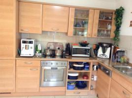 Foto 3 Gebrauche voll funktionierende Küche :dunstabzugshaube, ceranfeld Herd , funktionierende Backofen , Kûhlschrank mit 3gefrierfàcher .spühlmaschiene , Waschbecken Edelstahl mit Armatur zu verkaufen