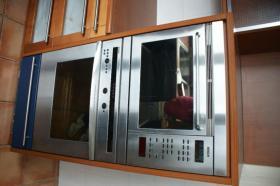 Foto 2 Gebrauchte EBK mit ''Bosch'' E-Geräte